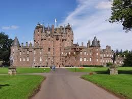 external image 1508-glamis-castle.jpg