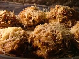 http://platdujour.wordpress.com/2006/11/14/champignons-farcis-vegetariens/