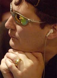 ... by using mirrored sunglasses. Sunglasses can also be used to hide ... - phil-hellmuth-big
