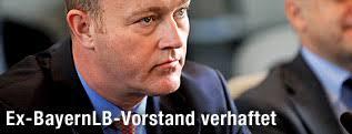 Ex-BayernLB-Vorstand Gerhard - bayernlb_gribkowsky_verhaftung_2q_innen_p.2040431