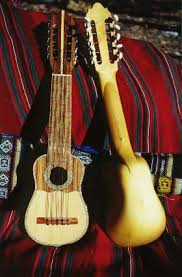 http://www.andeannation.com/charango.html
