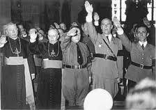 La connivencia entre el Franquismo y la Iglesia es un hecho incontrovertible