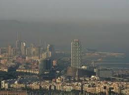 Contaminación sobre Barcelona